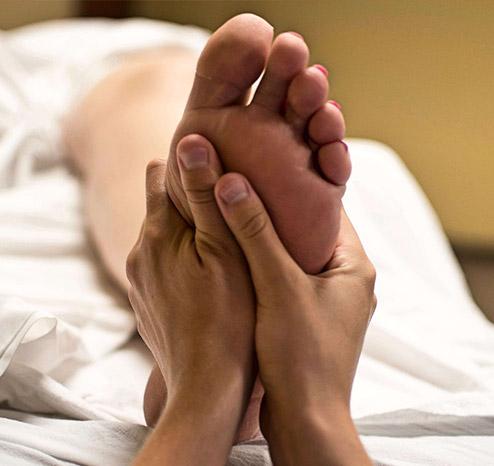 Masaje relajante de pies